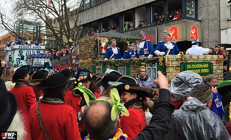 koeln-rosenontagszug_2016_ntoi_14_karneval