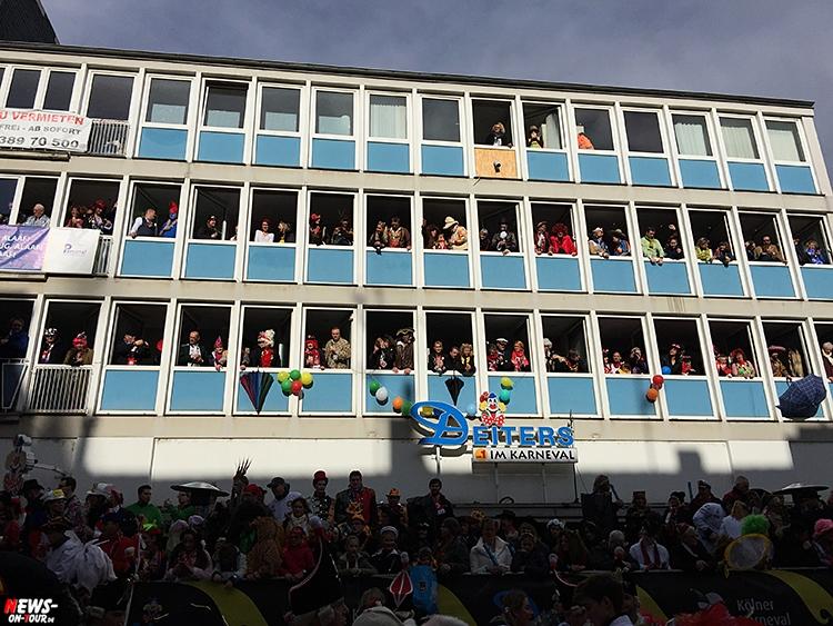 koeln-rosenontagszug_2016_ntoi_17_karneval