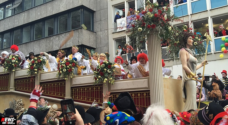 koeln-rosenontagszug_2016_ntoi_24_karneval