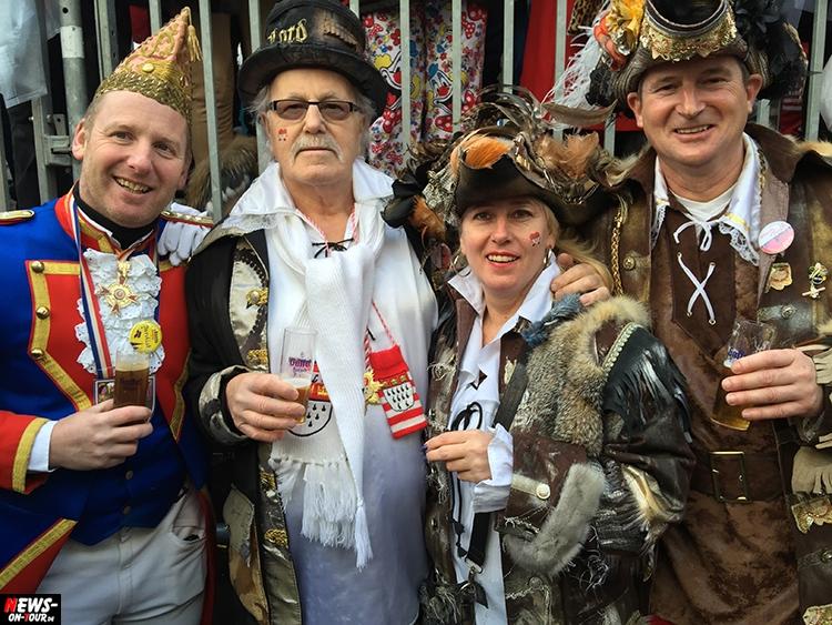 koeln-rosenontagszug_2016_ntoi_25_karneval