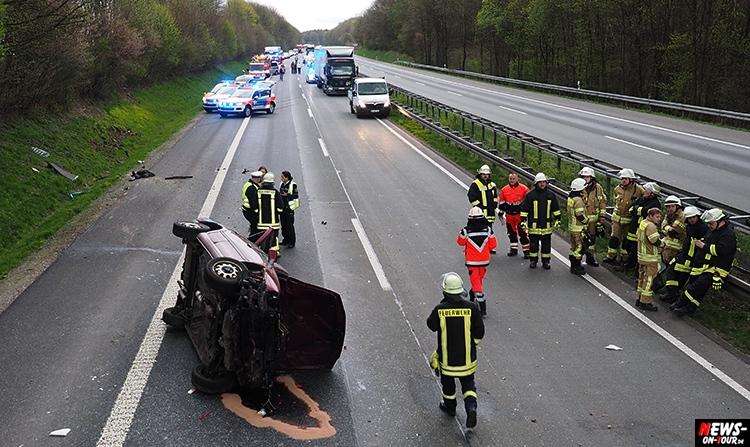 2016-04-12_unfall_08_a4_bergneustadt_ntoi_pkw-ueberschlagen_gummersbach