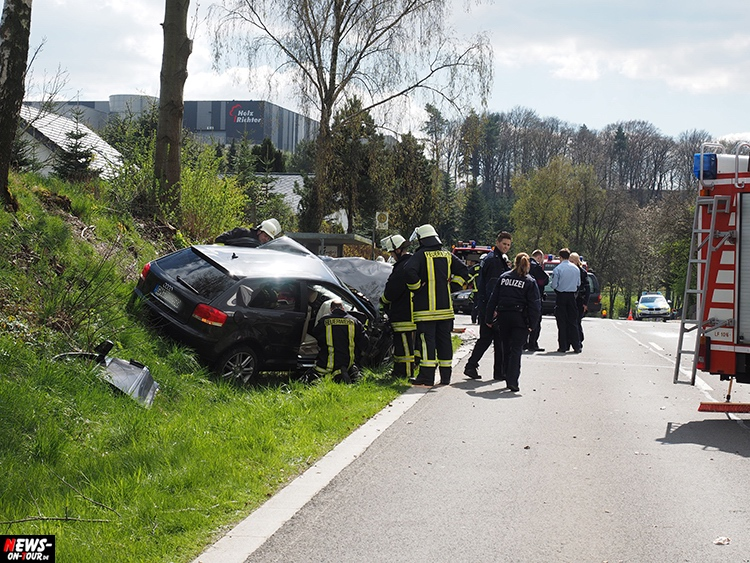 2016-04-18_ntoi_lindlar_07_neuenfeld_toedlicher_pkw_unfall