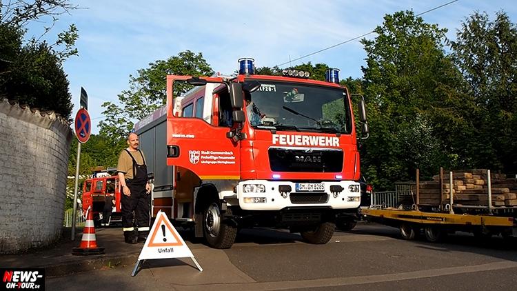 2016-05-21-ntoi_07_gummersbach_bagger-umgekippt_dieringhausen