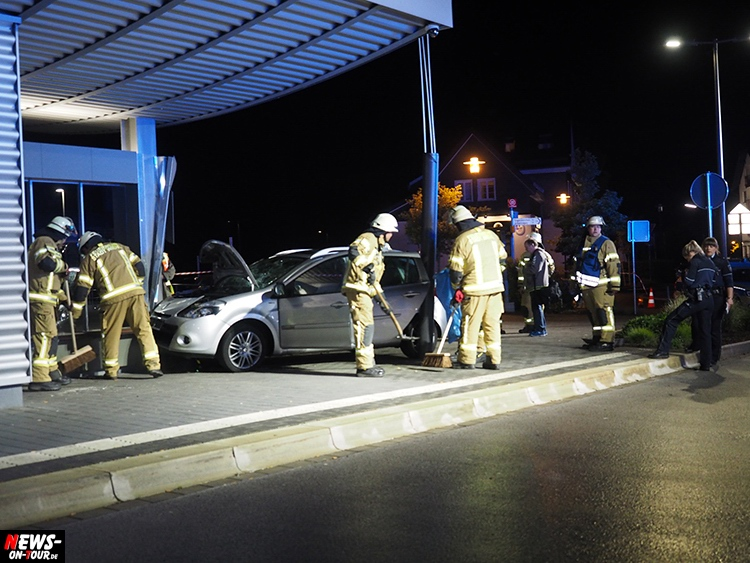 2016_06-20_wiehl_02_pkw_busbahnhof_unfall