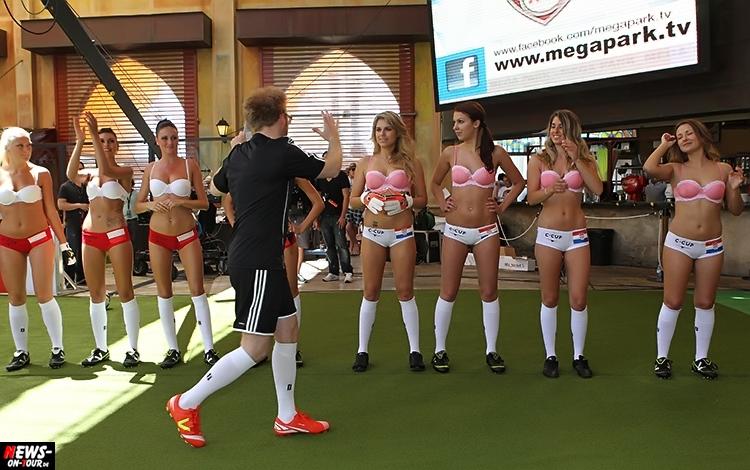 uefa-euro-2016_ntoi_21_sexy_fussball_football-girls_babes_kick-lingery_underwear_models_bra_bh_megapark_mallorca