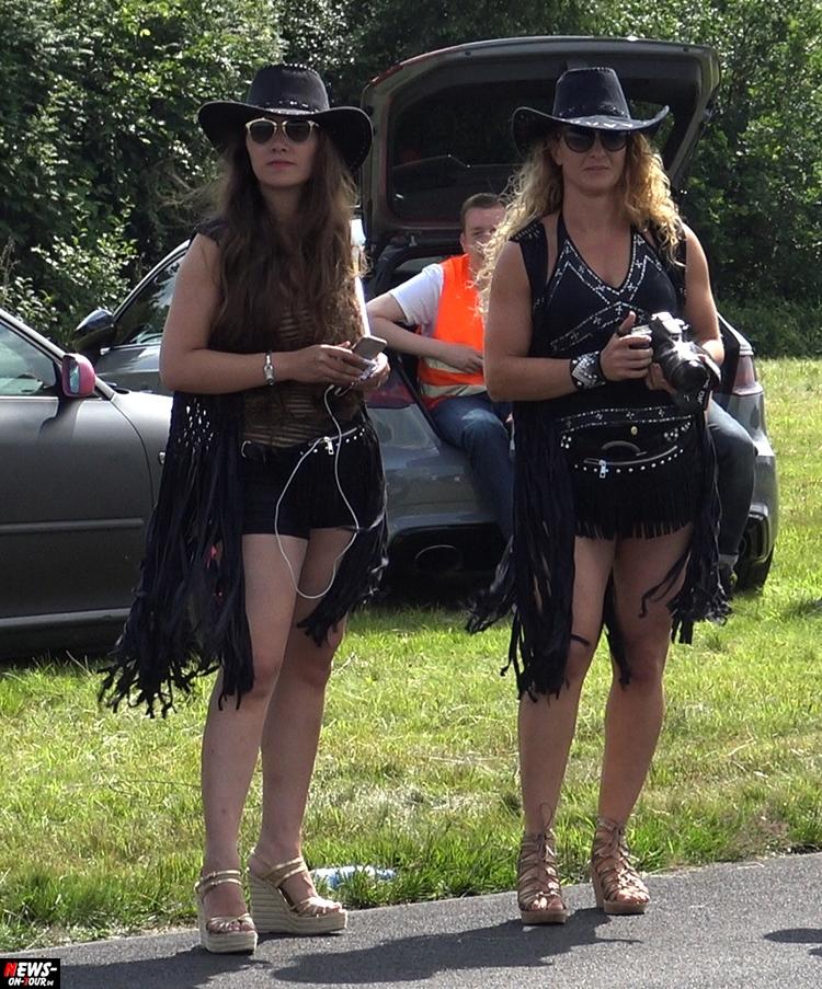 2016_07-09_us_supercars_10_ntoi_drag-challenge_airport_meinerzhagen