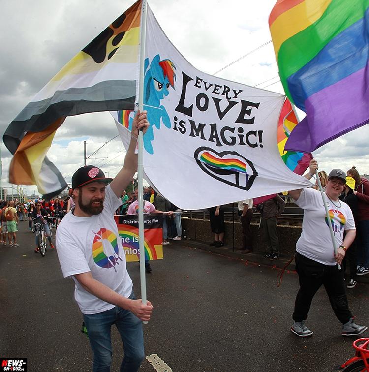 csd-2016_cologne-pride_ntoi_018_anders-leben_schwule-lesben_gay_lesbian_koeln
