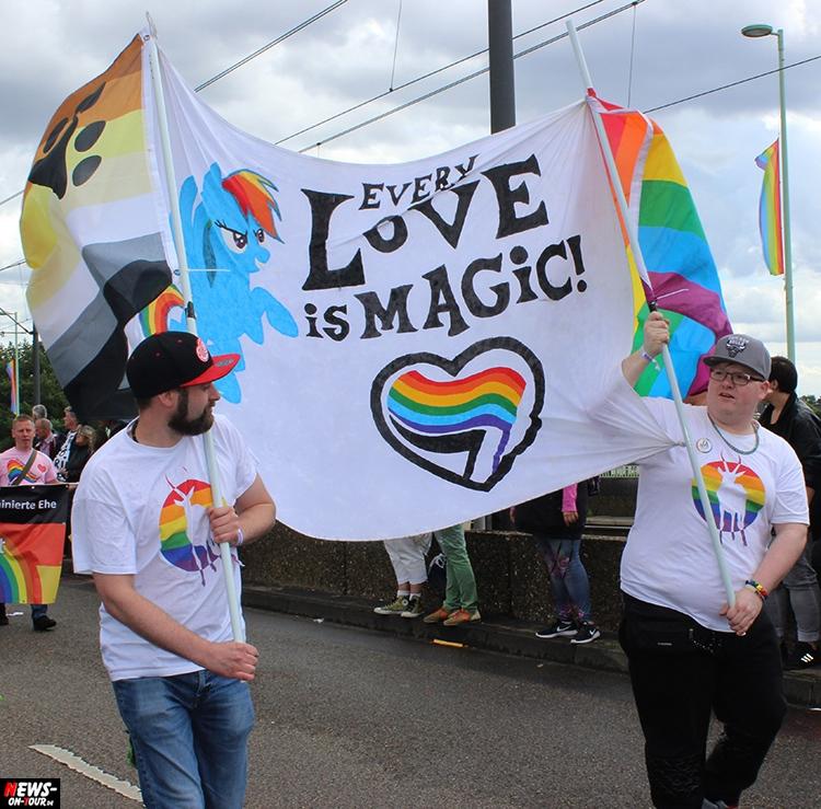 csd-2016_cologne-pride_ntoi_030_anders-leben_schwule-lesben_gay_lesbian_koeln