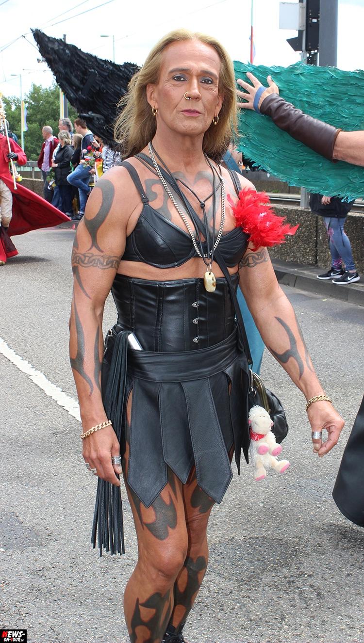 csd-2016_cologne-pride_ntoi_042_anders-leben_schwule-lesben_gay_lesbian_koeln