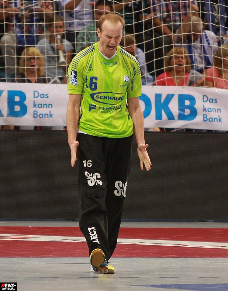 2016_09-24_vfl-gummersbach_vs_sc-magdeburg_04_ntoi_gummersbach_handball-schwalbe-arena