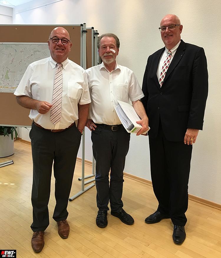 bergneustadt-pressekonferenz_03_ntoi_paul-daub_wilfried-holberg-frank-grebe_ratsaal_stadthotel_investor