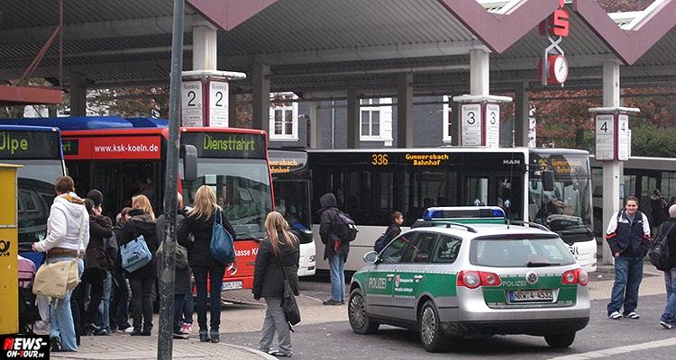 busbahnhof_gummersbach_ntoi_unfall-schulbus_oberbergischer-kreis