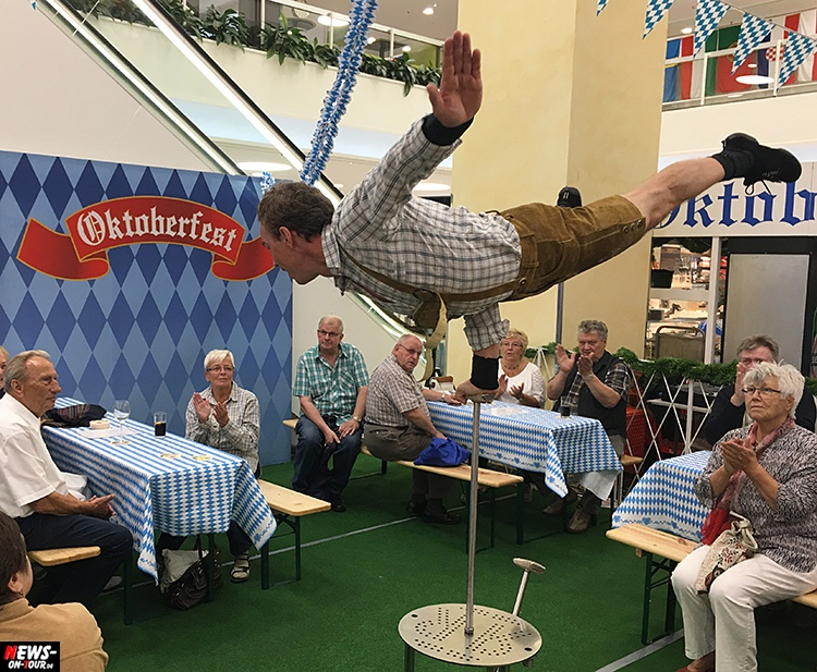 o-zapft-is_oktoberfest_ntoi_14_ekz_bergischer-hof_gummersbach_oberberg-ronny-robix
