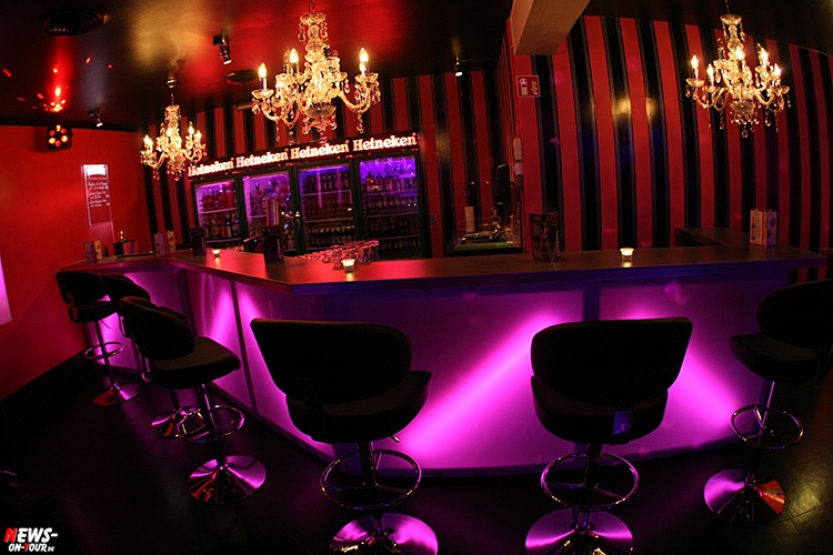catwalk-table-dance-club_ntoi_05_nachterlebnis_strip-clup_disco_erotic_erotik_pole-dance