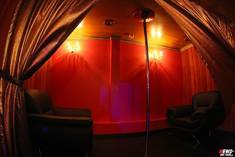 catwalk-table-dance-club_ntoi_07_nachterlebnis_strip-clup_disco_erotic_erotik_pole-dance