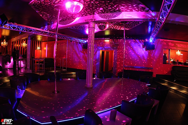 catwalk-table-dance-club_ntoi_10_nachterlebnis_strip-clup_disco_erotic_erotik_pole-dance