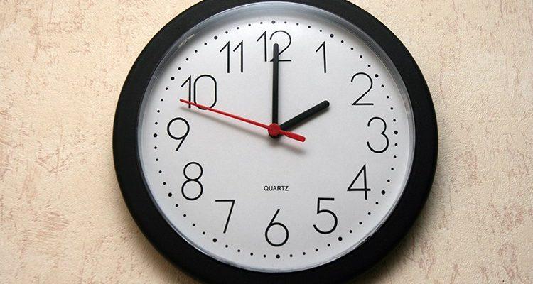 Tick Tack! Die Uhr wird umgestellt!! SOMMERZEIT ab Sonntag (Zeitumstellung)