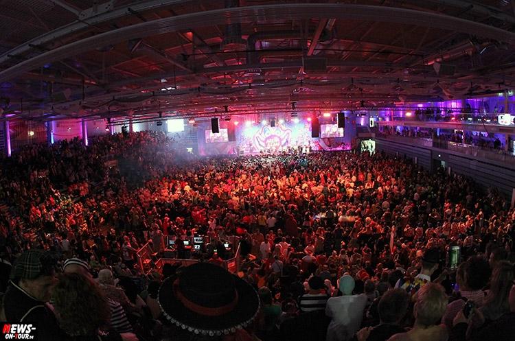 arena-alaaf_2016_ntoi_25_schwalbe_arena_gummersbach_karneval_brings_domstuermer_kasalla