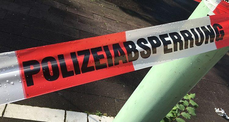 Verkehrsunfall: Lebensgefährlich verletzt! 72-jährige Frau schwer verletzt in Klinik geflogen (Lindlar)