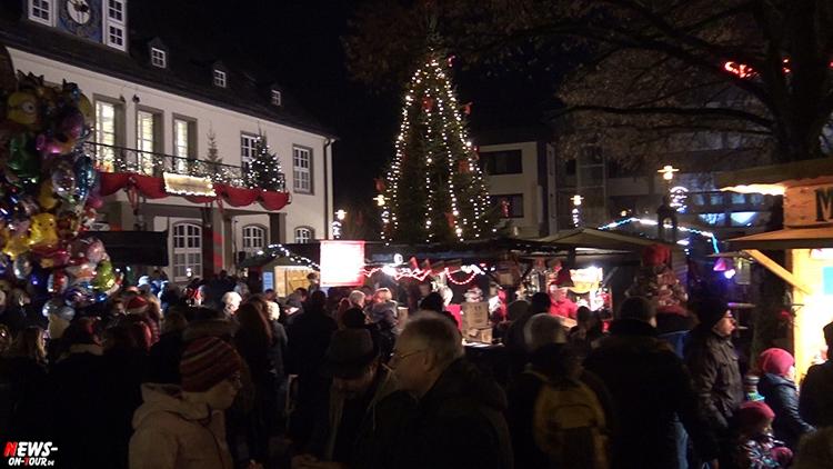 weihnachtsmarkt-wiehl_2016_ntoi_01_rund-ums-rathaus_oberbergischer-kreis_oberberg