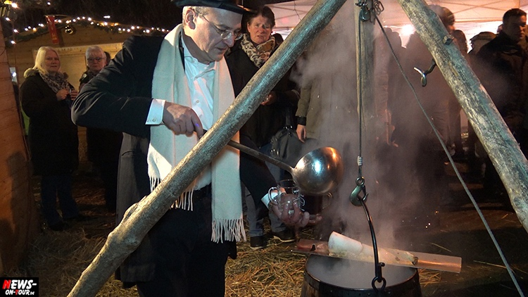 weihnachtsmarkt-wiehl_2016_ntoi_03_rund-ums-rathaus_oberbergischer-kreis_oberberg
