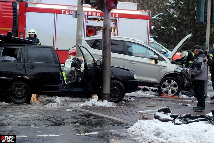Gummersbach: Unfall bei roter Ampel an Westtangente! Beide Parteien ...