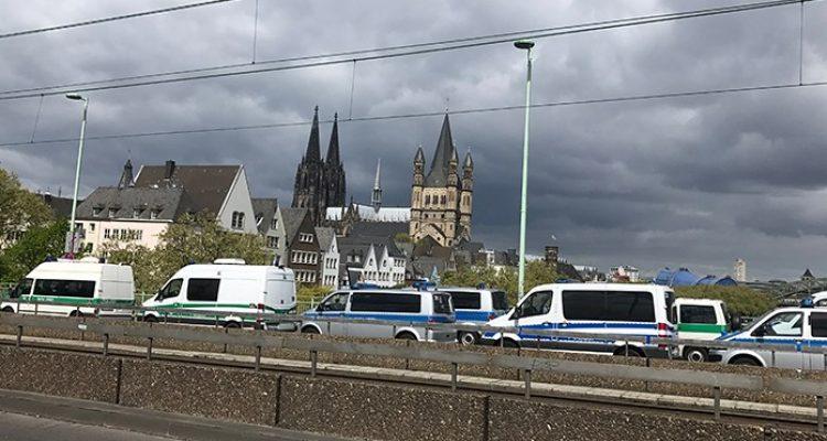 Polizei Köln bereitet sich auf Versammlungen am Wochenende vor