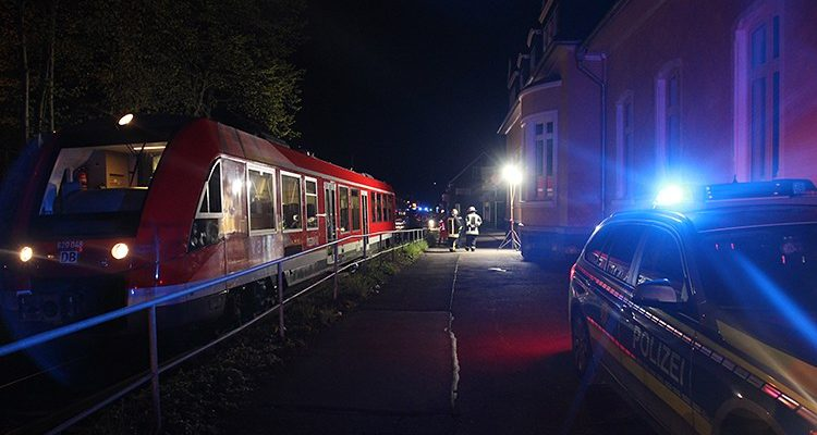 Ründeroth: Suizid? Frau (63) aus Engelskirchen von Regio DB Zug erfasst! Kripo ermittelt vor Ort   Oberbergischer Kreis (NRW)