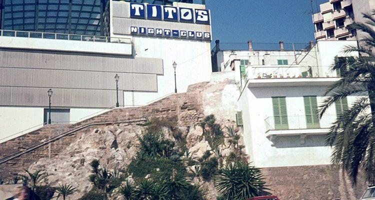 Paris Hilton stellte im Titos Mallorca ihre neue Single SUMMER REIGN vor! Cristiano Ronaldo (CR7) auch vor Ort!?