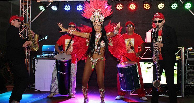 Samba pur! Kölner Samba Queen Claudia Krappel tanzte den Krebs weg