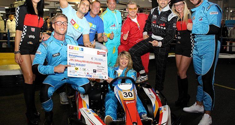 VIP´s erkämpft 30.000 Euro beim RTL Charity-Kartrennen @Daytona in Essen-Borbeck | RTL – Wir helfen Kindern