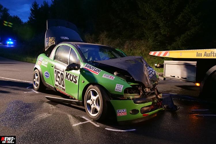 Bergneustadt: Schwerer Unfall! Rennwagen fuhr in