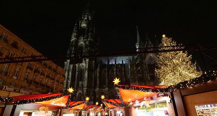 Köln: Infektionsgefahr! Weihnachtsmarkt am Dom heute endgültig abgesagt! Aber Stadt Köln dementierte die Absage aller großen Weihnachtsmärkte