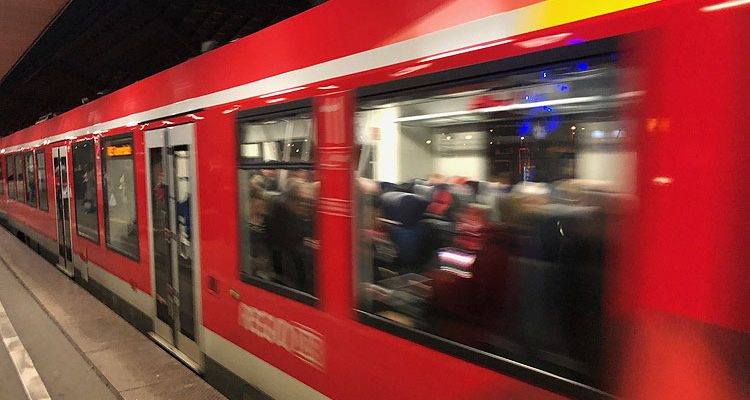 Extremwetter in NRW: Weiterhin massive Beeinträchtigungen auch im Bahnverkehr