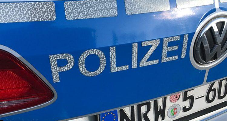 Aggressives Auftreten! Polizeigewahrsam: In Schlangenlinien über den Gehweg gefahren (Gummersbach)