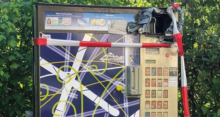 Gummersbach: Polizei erwischt Automatenaufbrecher bei PKW Kontrolle! Zigarettenschachteln im Auto entlarvten die Diebe