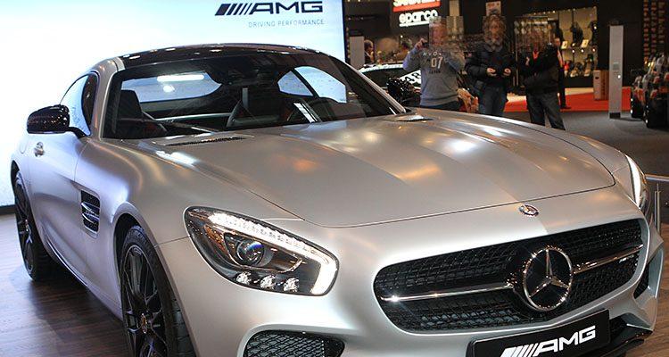Illegales Autorennen von Polizei Köln gestoppt! Porsche und Mercedes beschlagnahmt
