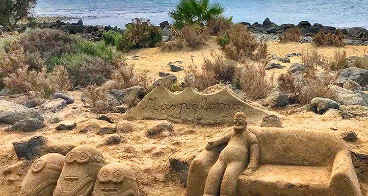 Gran Canaria: Strand der Sandskulpturen! Die Minions, Homer Simpsons und SpongeBob Schwammkopf am Strand von Maspalomas   Foto(s) des Tages