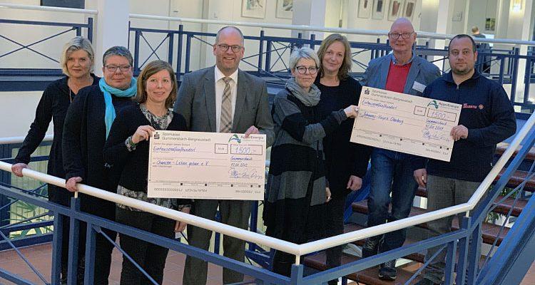 Gummersbach: AggerEnergie Weihnachtsspende in Höhe von 3.000 Euro an zwei soziale Organisationen aus der Region