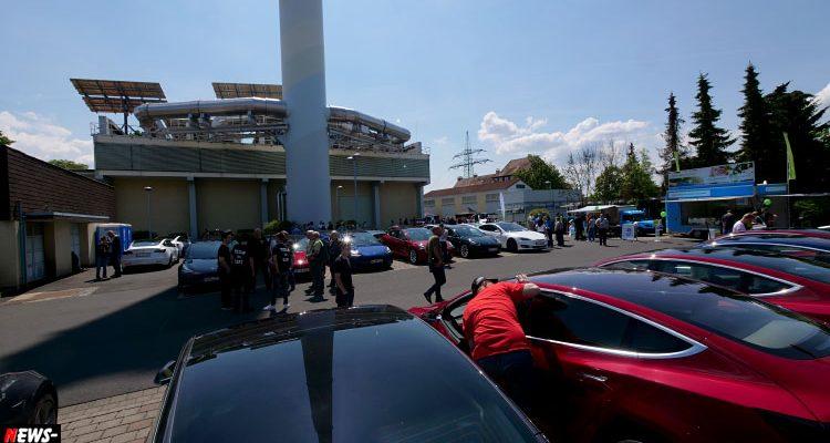 Fulda: 300 Fahrzeuge beim Tesla-Treffen für Elektro-Enthusiasten bei RhönEnergie. Stargast YouTuber Ove Kröger T&T Tesla