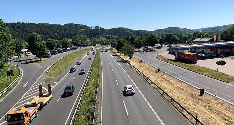 A4 Sperrung in Richtung Köln ab Freitag 16.08. 20:00 Uhr (Wochenende) zwischen Engelskirchen und Overath