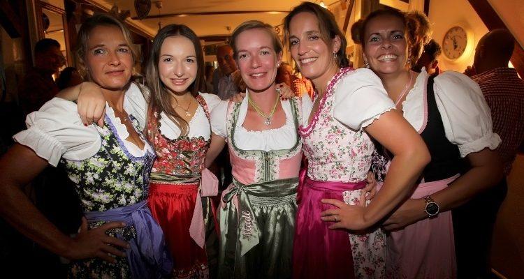 Gummersbach: OKTOBERFEST @Holländer Diele gut besucht! DIE BILDER des Abends