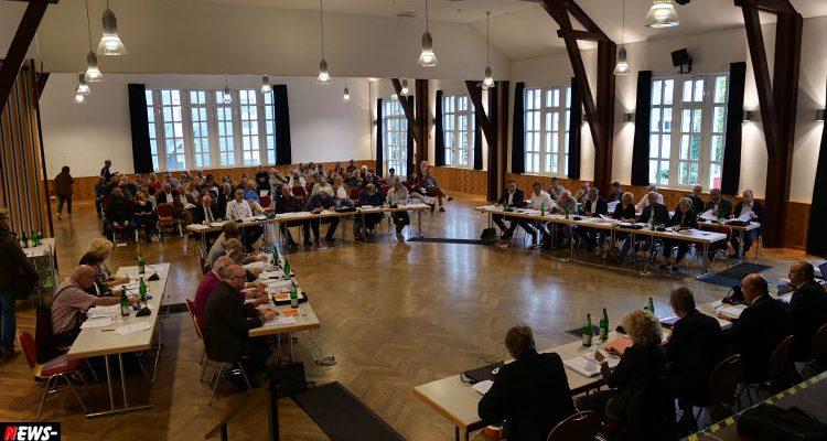 Bergneustadt: Kissenschlacht um Bürgermeister Holberg! Abwahl in Aussicht? 750.000 Euro Debatte heißer denn je… | Oberbergischer Kreis (NRW)