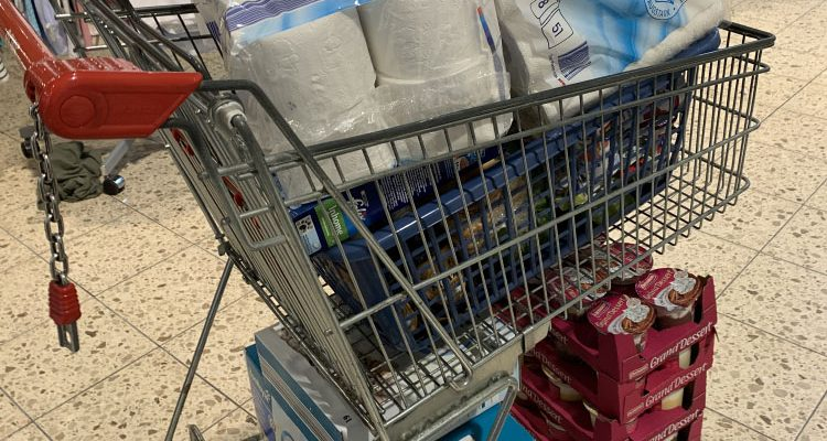 Zwei Taschendiebstähle in Discountmarkt (Engelskirchen)