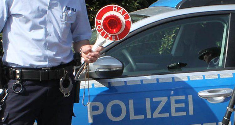 Kein Führerschein und unter Drogeneinfluss (Engelskirchen) Fluchtversuch bei Verkehrskontrolle