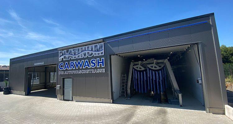 Bergneustadt: NEU! Platinum Carwash. Die High-End AutoWaschstrasse mit Kuscheltex Effekt! Schonend für Ihren Lack