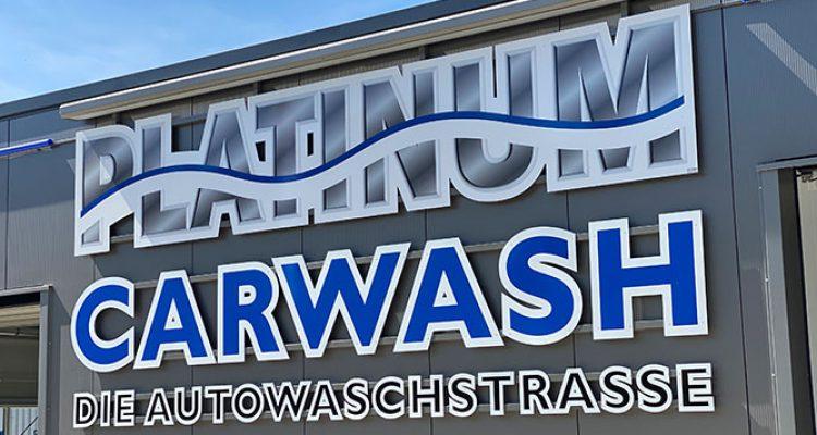 Bergneustadt: Platinum Carwash. Die High-End AutoWaschstrasse mit Kuscheltex Effekt! Schonend für Ihren Lack