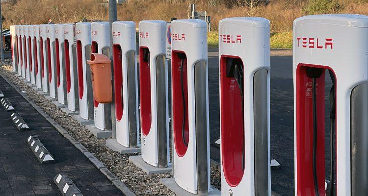 Tesla nimmt 1.000sten deutschen Supercharger in Betrieb