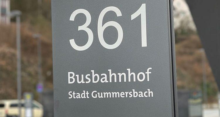 Zwei junge Männer nach Pöbeleien am Bahnhof der Stadt Gummersbach im Polizeigewahrsam