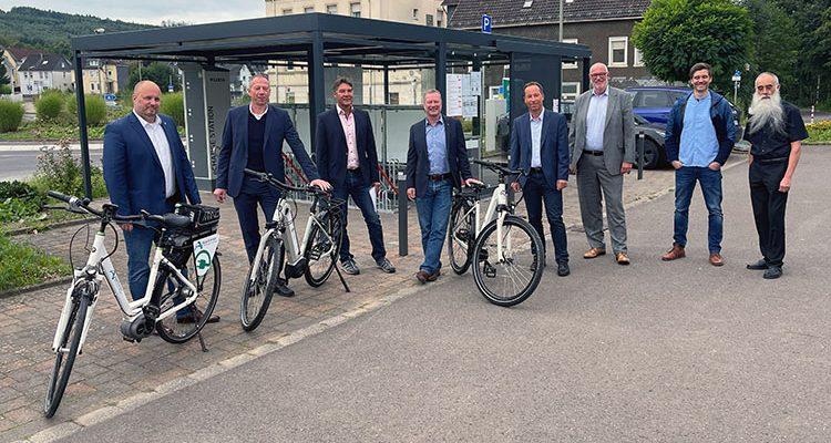 E-Bikeverleih Bergneustadt offiziell eröffnet! Fünf E-Bikes warten im Pilotprojekt auf Ausleiher